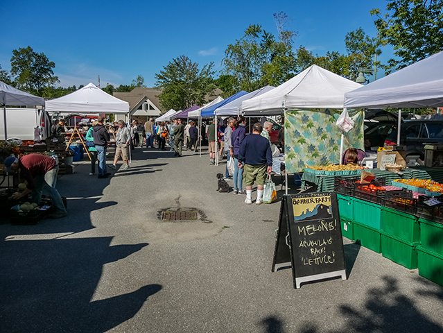 A gorgeous Sunday morning at the Farmers Market